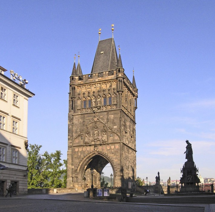 Староместская мостовая башня (Staroměstská mostecká věž)