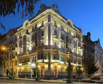 Riverside hotel в Праге