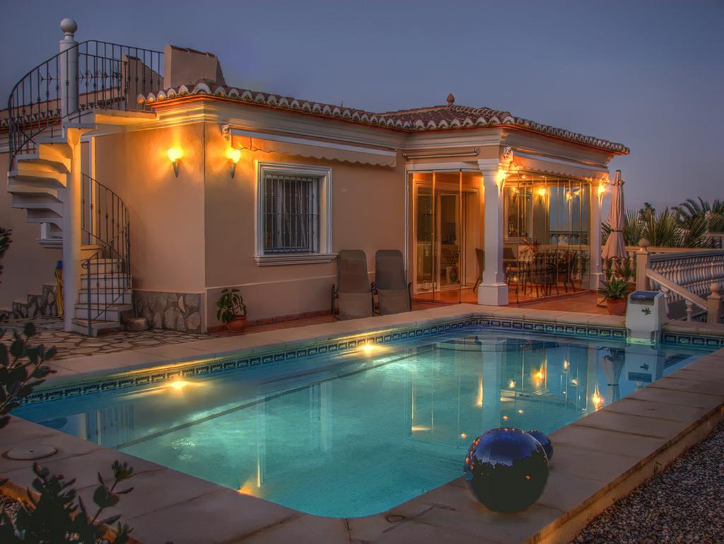 Недвижимость за границей на побережье недорого