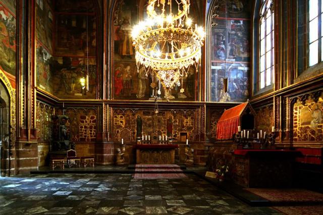 Подземелье собора св. Вита 2