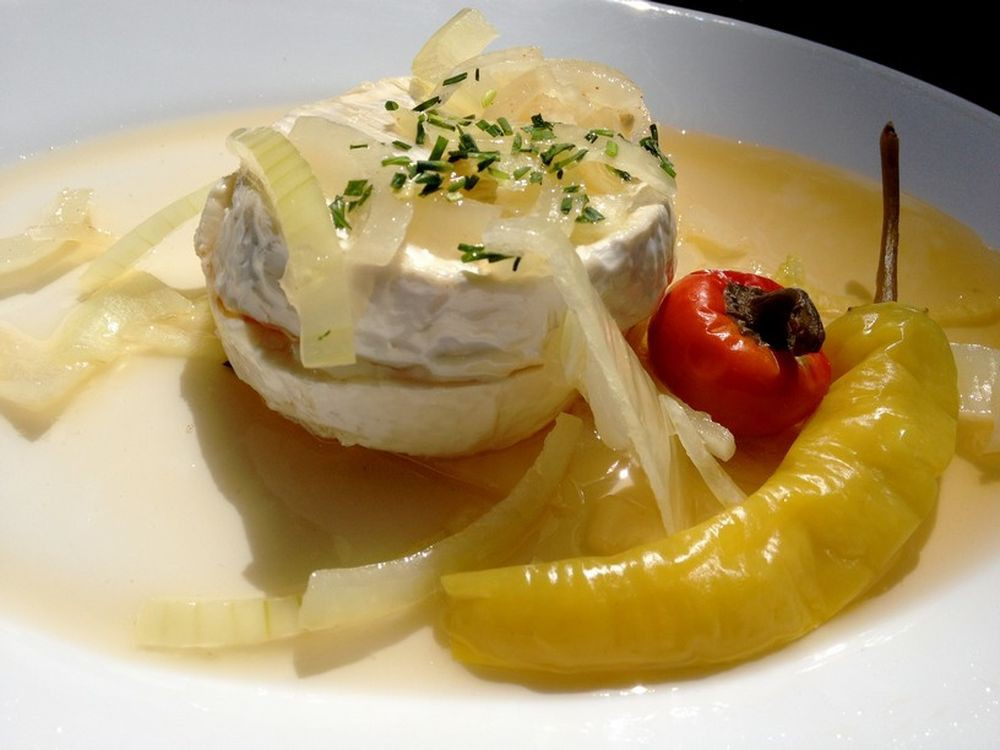 Маринованный сыр (nakládáný hermelín)