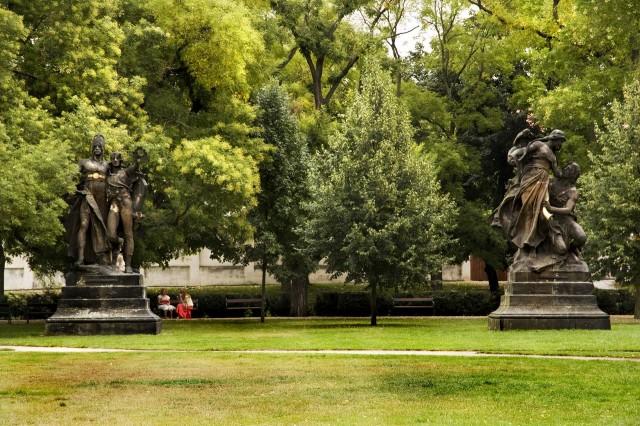Вышеградский парк (Vyšehradský park)