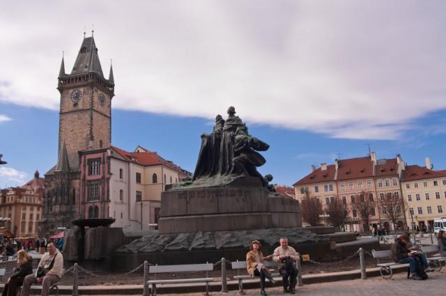 Памятник Яну Гусу 2