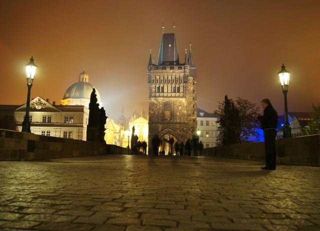 Староместска мостовая башня (Staroměstská mostecká věž)