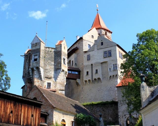 Замок Пернштейн (hrad Pernstejn)