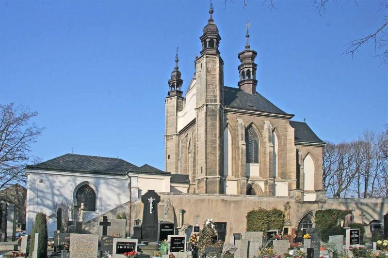 Кладбищенский костёл Всех Святых (kaple Všech svatých)