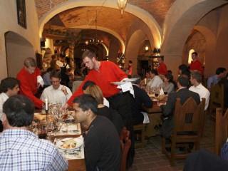 """Новый год на Пражском граде – в ресторане """"Викарка"""""""