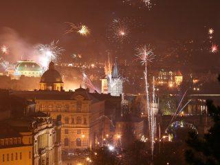 Время, когда ехать в Прагу не стоит