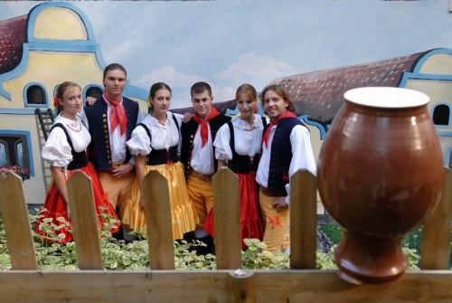 """Ресторан """"Фольклорный сад"""" (Folklore Garden)"""