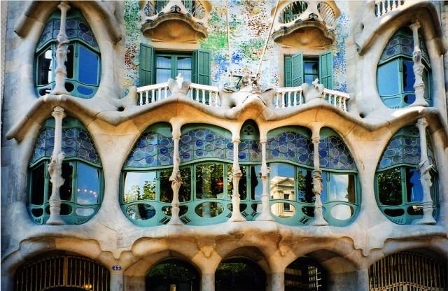 Дома Гауди в Барселоне