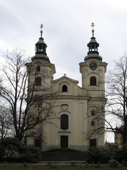 Церковь Святого распятия (Kostel svatého Kříže)