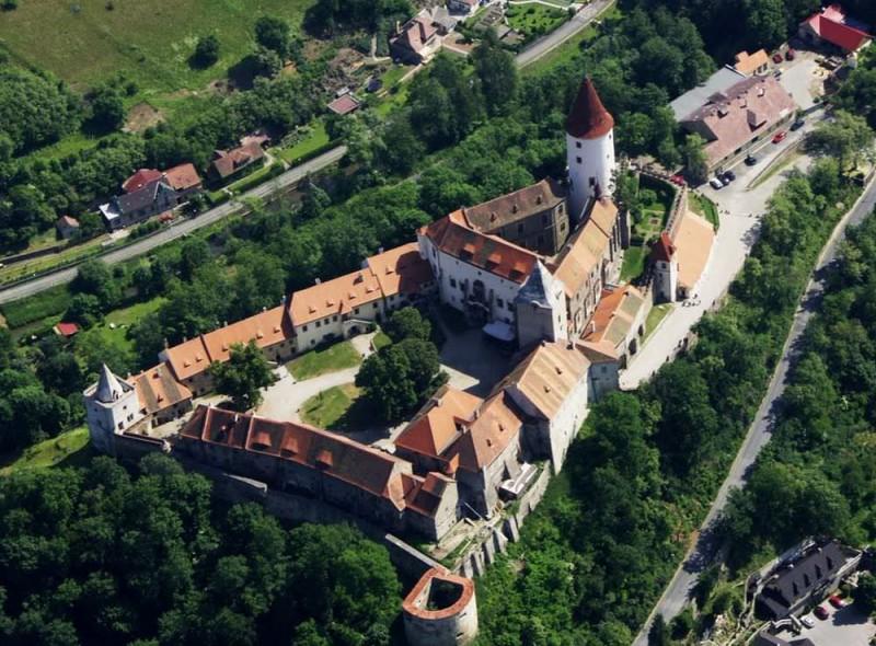 Замок Кршивоклат (Hrad Křivokláт)