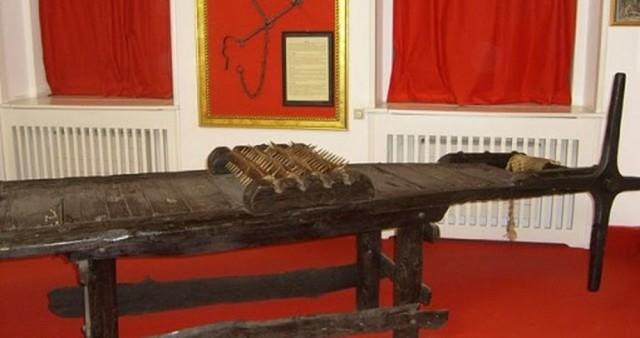 Музей пыток в Праге (Muzeum středověkých mučících nástrojů)