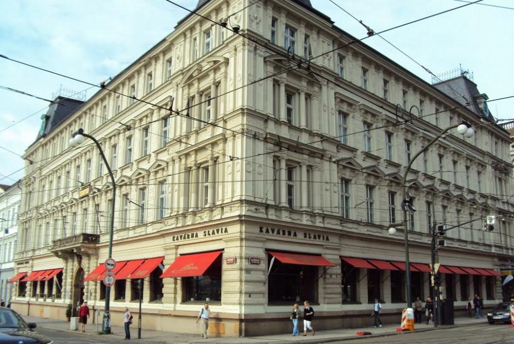 Кофейни «Славия» (kavárna Slavia)
