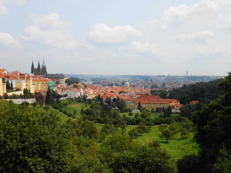 Вид с площадки Страговского монастыря