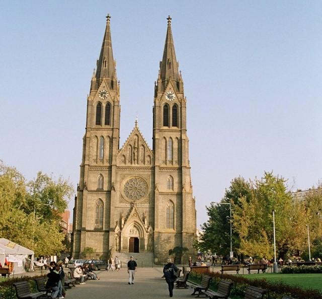 Церковь Святой Людмилы (kostel sv. Ludmily)
