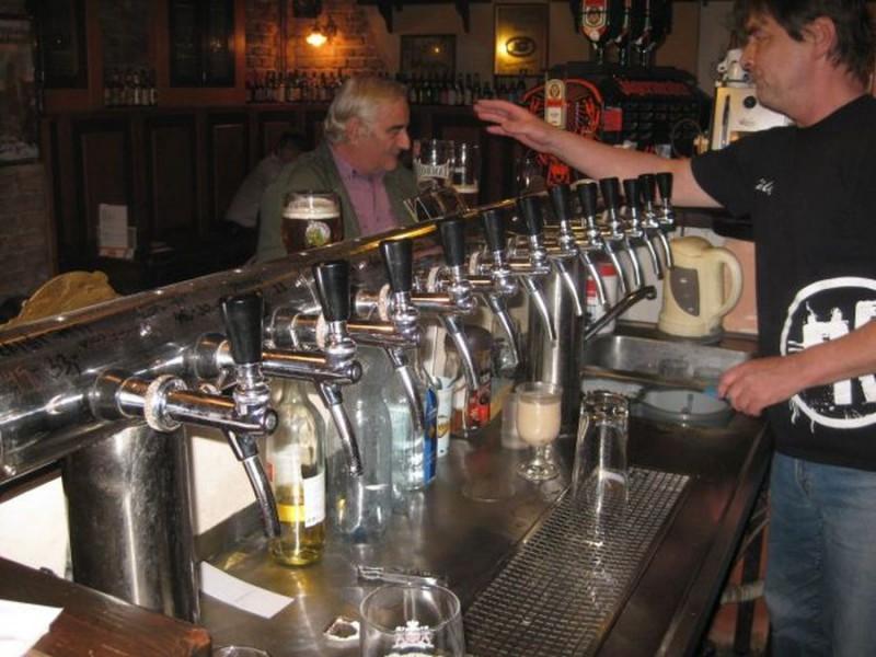 24 крана с пивом