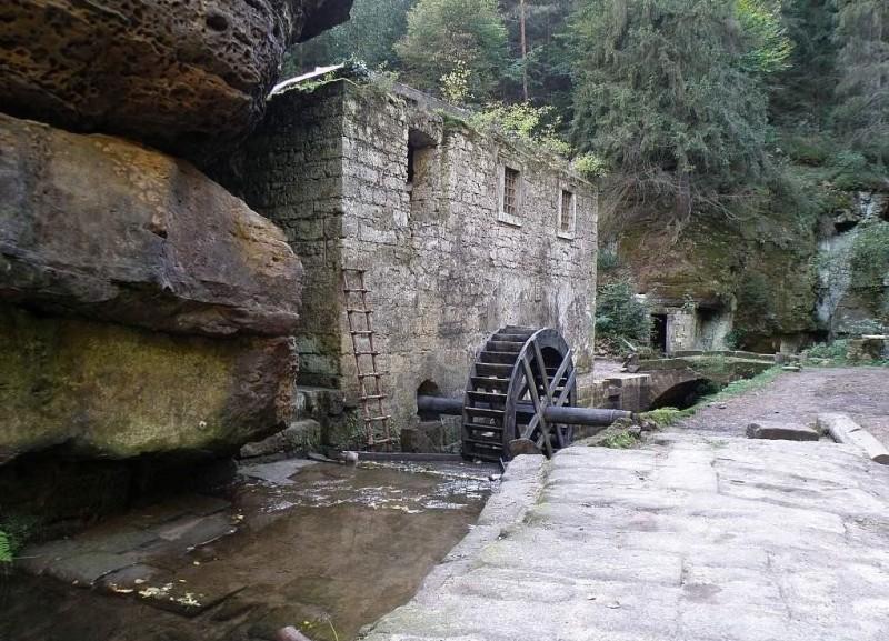 Дольская мельница (Dolský Mlýn)