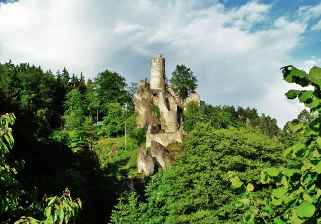 Замок Фридштейн (Hrad Frýdštejn)