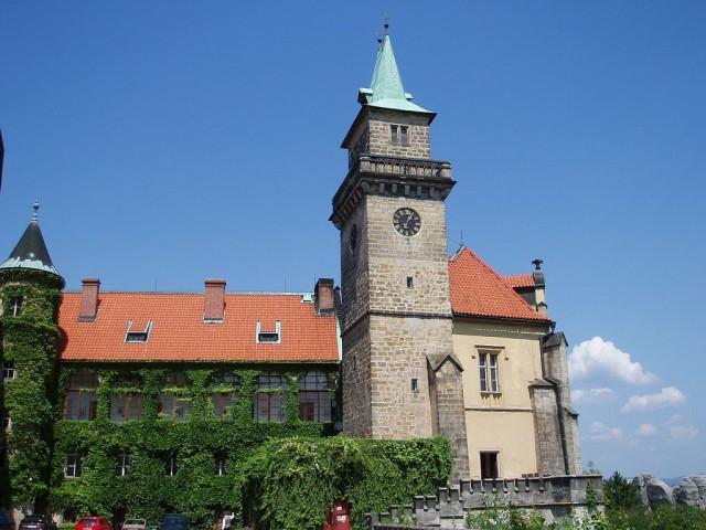 Замок Груба Скала (Zámek Hrubá Skála)