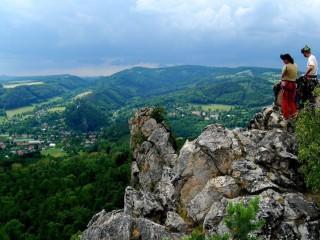 Сухие скалы