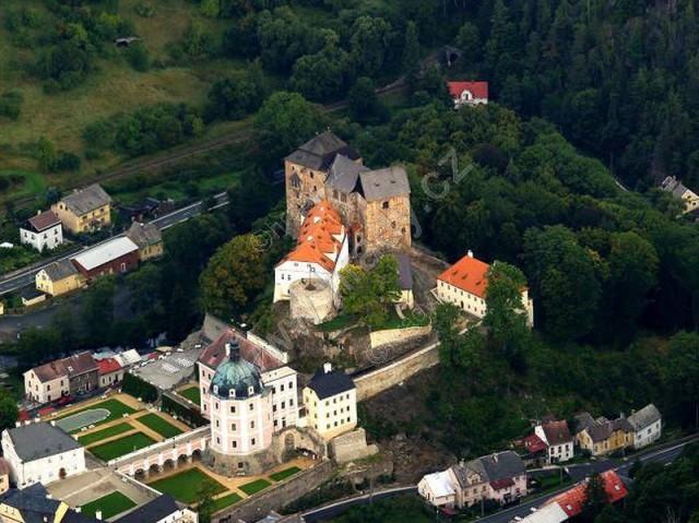 Замок и крепость Бечов-над-Теплой (Hrad a zámek Bečov nad Teplou)