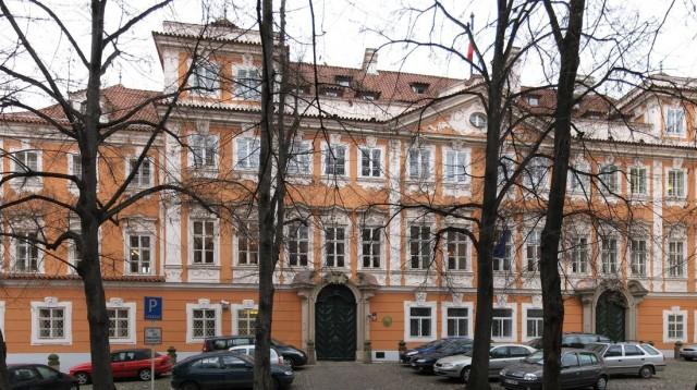 Буквойский дворец (Buquoyský palác)