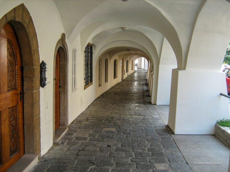 Галерея дворца Яна Страки из Недабылиц