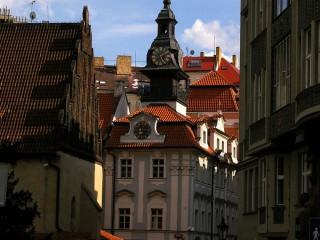 Староновая синагога и Еврейская ратуша в Праге