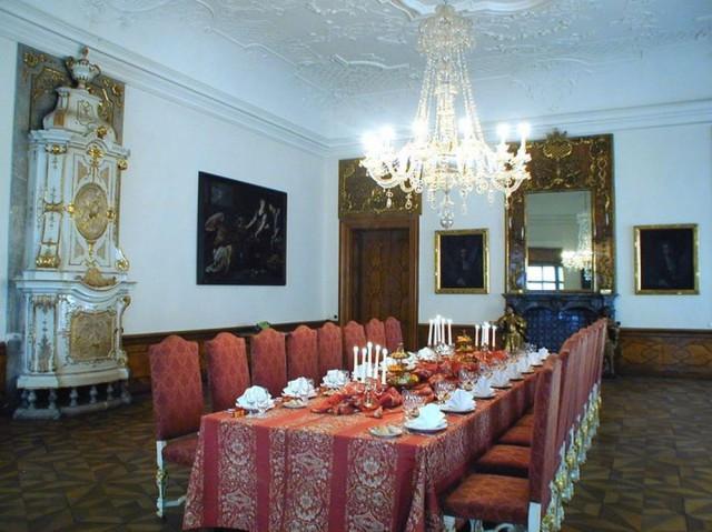 Велкопршеворский дворец (Velkopřevorský palác)