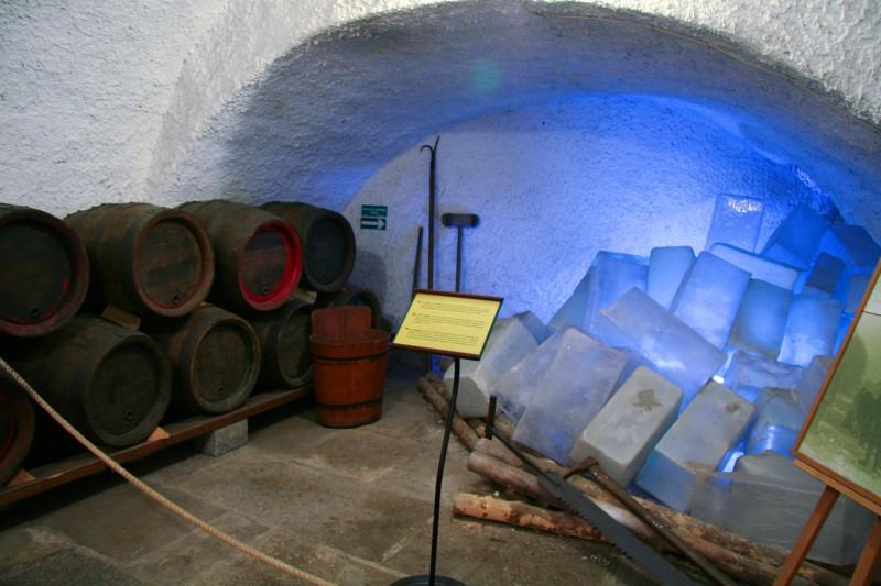 Холодильник в Пльзеньских исторических подземельях