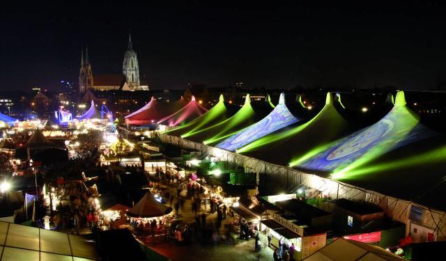 На фестивале музыки и искусств – «Tollwood»