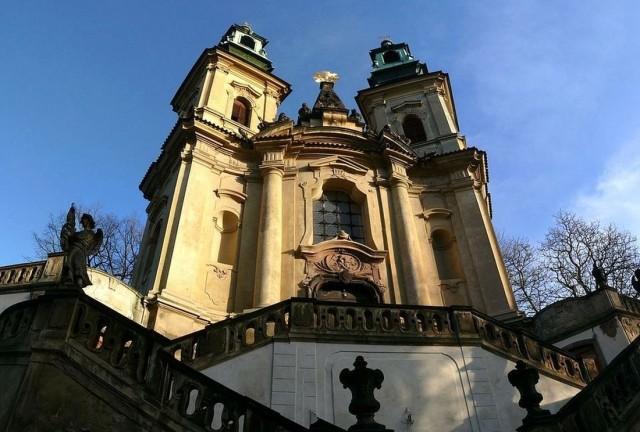 Костел св. Яна Непомуцкого на Скалце (Kostel svatého Jana Nepomuckého na Skalce)