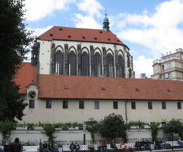 Костёл Девы Марии Снежной (Kostel Panny Marie Sněžné)