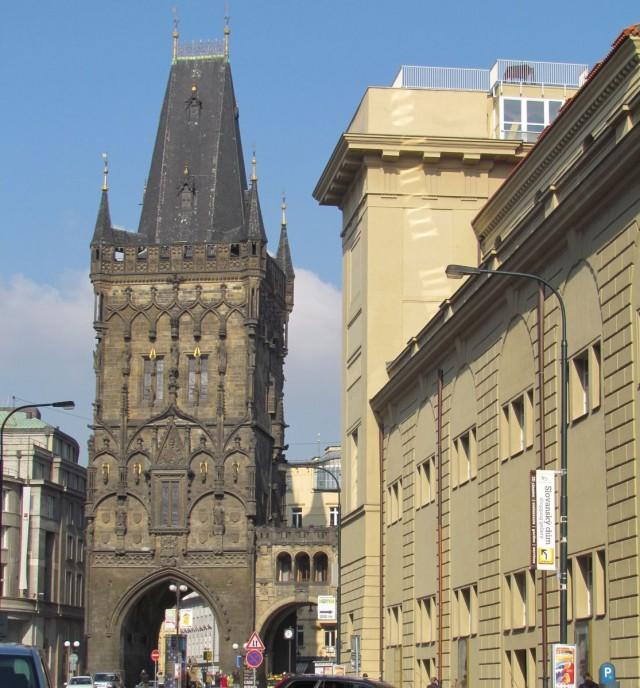 Пороховая башня (Prašná brána)