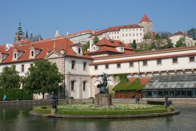 Валленштейнский дворец (Valdštejnský palác).