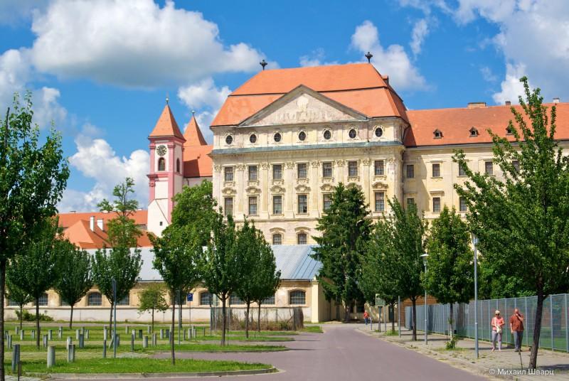 Лоуцкий монастырь (premonstrátský klášter v Louce)