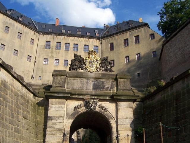 Неприступная крепость Кёнигштейн