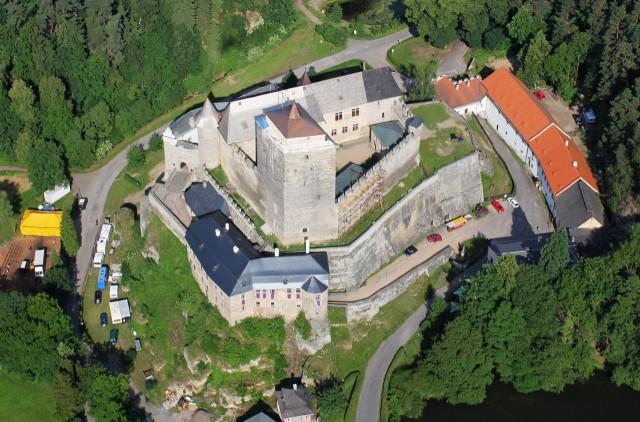 Замок с высоты птичьего полёта