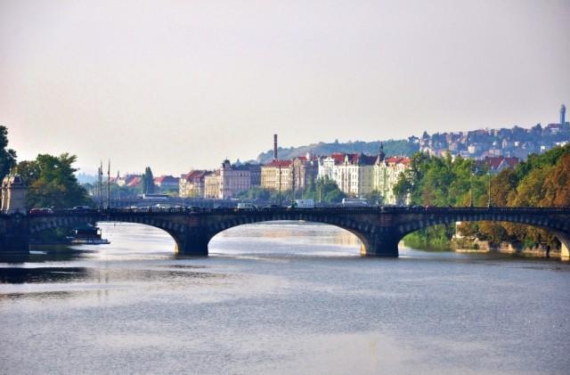 Прага утром