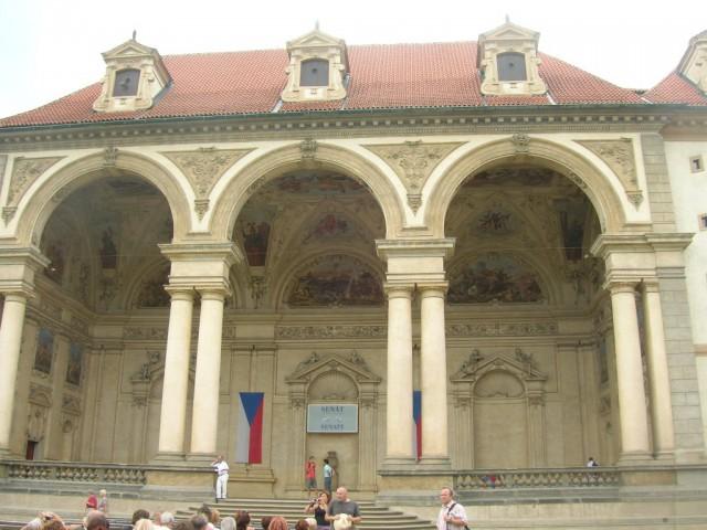 Лоджия Террена Вальдштейского дворца (вид со стороны сада)