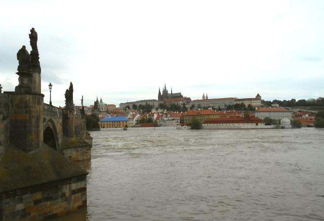 Вид на Мала-Страну от Карлова моста