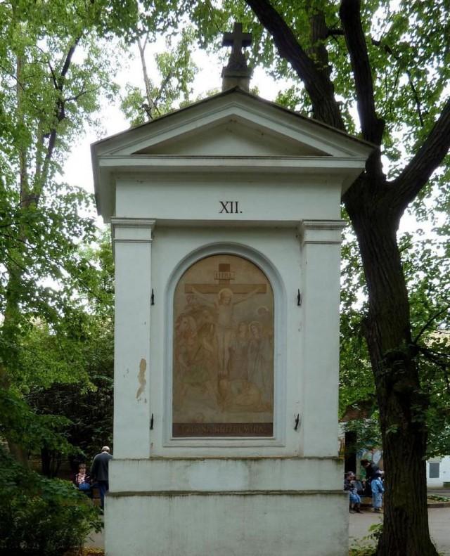 Крестный путь на Петрине (Křížová cesta na Petříně)