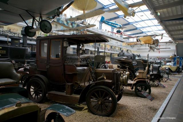 Автомобили и паровозы