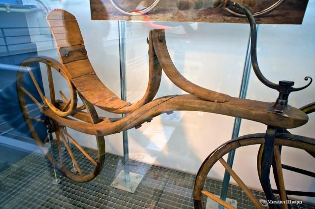 Прапрадед велосипеда – деревянный самокат
