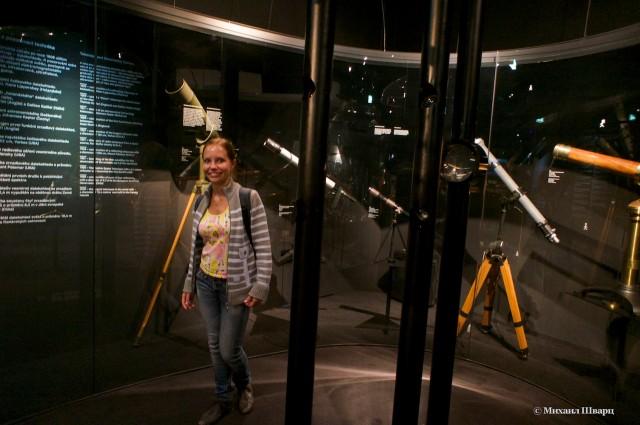 Столько телескопов!