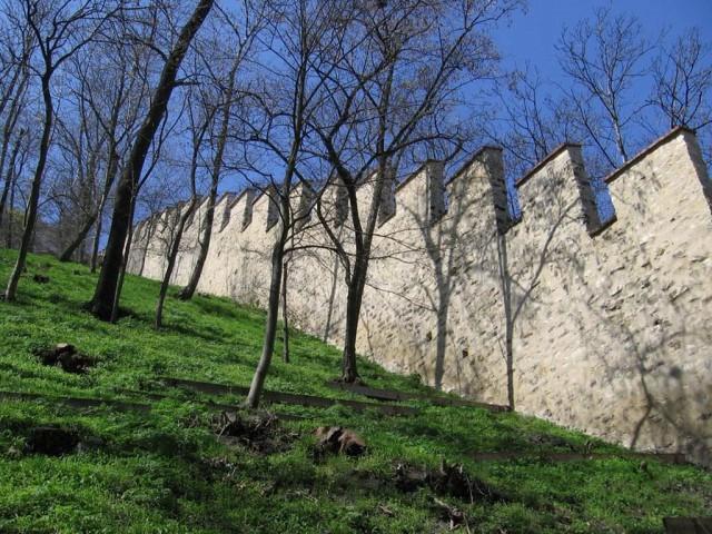 Голодная стена (Hladová zeď)