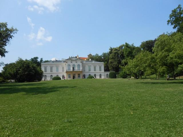 Летний дворец Кинских (Letohrádek Kinských)