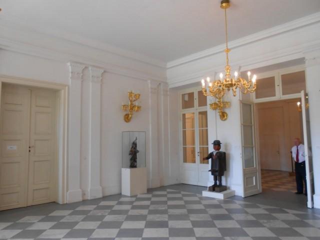 Фойе дворца