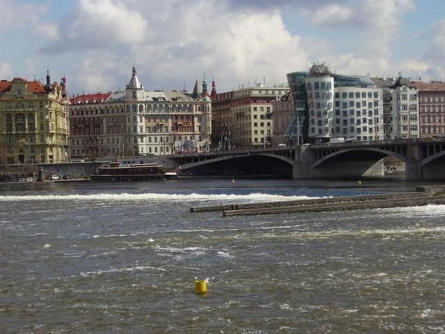 Набережная Масарика (Masarykovo nábřeži)